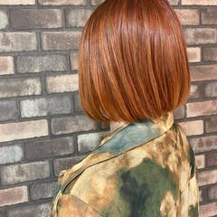 ブリーチ必須 ボブ イルミナカラー オレンジ ヘアスタイルや髪型の写真・画像