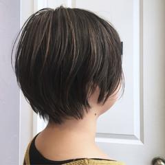 ショート モード ハイライト 無造作 ヘアスタイルや髪型の写真・画像