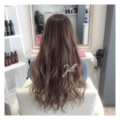 外国人風 ゆるふわ グラデーションカラー 大人かわいい ヘアスタイルや髪型の写真・画像