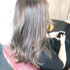 セミロング 透明感 フェミニン 透明感カラー ヘアスタイルや髪型の写真・画像