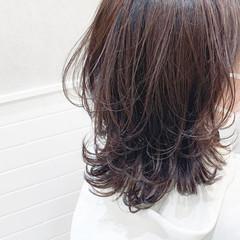 ミディアム 透明感カラー モテ髪 パーマ ヘアスタイルや髪型の写真・画像