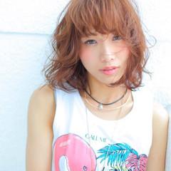 ストリート 外ハネ 涼しげ 夏 ヘアスタイルや髪型の写真・画像
