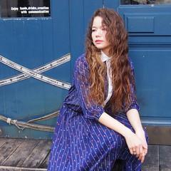 冬 外国人風 パーマ ハイライト ヘアスタイルや髪型の写真・画像