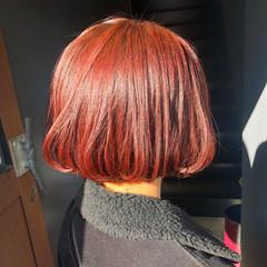 オレンジカラー ショートボブ ブラットオレンジ ボブ ヘアスタイルや髪型の写真・画像