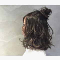 ゆるふわ お団子 フェミニン 簡単ヘアアレンジ ヘアスタイルや髪型の写真・画像