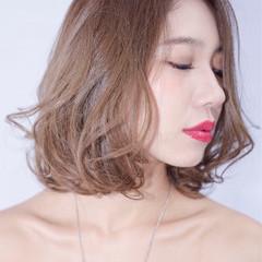 アッシュ 外国人風 ボブ パーマ ヘアスタイルや髪型の写真・画像