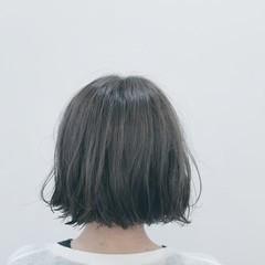 切りっぱなし ボブ リラックス イルミナカラー ヘアスタイルや髪型の写真・画像