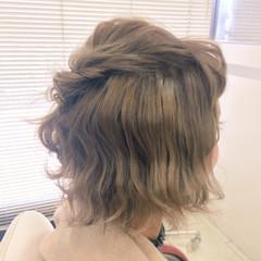 波ウェーブ ショート ヘアアレンジ ハーフアップ ヘアスタイルや髪型の写真・画像