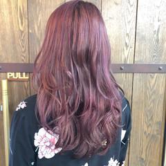 パープル フェミニン ピンクアッシュ ハイライト ヘアスタイルや髪型の写真・画像
