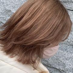 レイヤーボブ レイヤーカット ハイトーンボブ ナチュラル ヘアスタイルや髪型の写真・画像