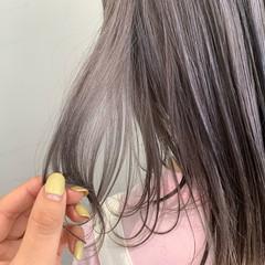 グレージュ ナチュラル ラベンダーグレージュ ブリーチ ヘアスタイルや髪型の写真・画像