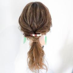 簡単ヘアアレンジ 梅雨 雨の日 ロング ヘアスタイルや髪型の写真・画像