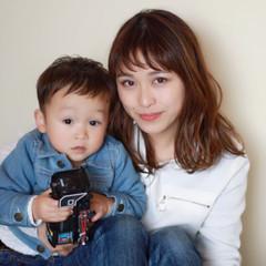 ミディアム 子供 デート ミルクティー ヘアスタイルや髪型の写真・画像