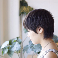 暗髪 小顔 黒髪 透明感 ヘアスタイルや髪型の写真・画像