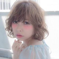 ピュア ゆるふわ フェミニン パーマ ヘアスタイルや髪型の写真・画像