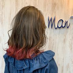 フェミニン ミディアム 裾カラー ヘアスタイルや髪型の写真・画像