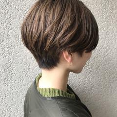 ショートボブ ベリーショート ブリーチカラー ナチュラル ヘアスタイルや髪型の写真・画像