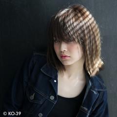 うざバング アッシュ エフォートレス 大人女子 ヘアスタイルや髪型の写真・画像