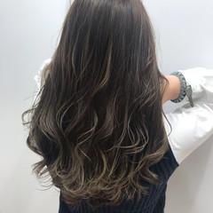 コントラストハイライト エレガント ハイライト ロング ヘアスタイルや髪型の写真・画像