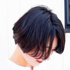 ショートボブ ナチュラル マッシュショート 前下がりショート ヘアスタイルや髪型の写真・画像