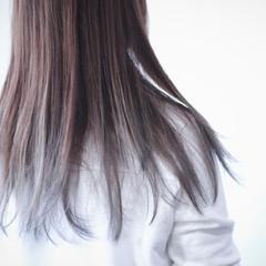 グレージュ アッシュグレージュ ロング ラベンダーグレージュ ヘアスタイルや髪型の写真・画像
