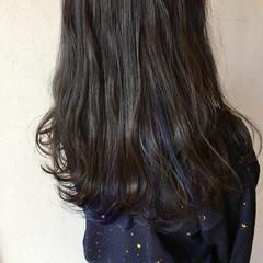 ネイビーカラー ネイビー インナーカラー ネイビーアッシュ ヘアスタイルや髪型の写真・画像