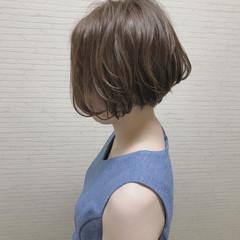 ショートボブ ボブ オフィス イルミナカラー ヘアスタイルや髪型の写真・画像