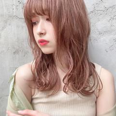 ミディアム ミディアムレイヤー 縮毛矯正ストカール 縮毛矯正 ヘアスタイルや髪型の写真・画像