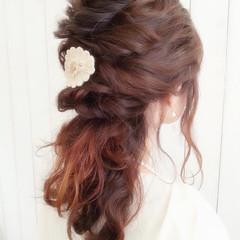 ヘアアレンジ 結婚式 ハーフアップ 波ウェーブ ヘアスタイルや髪型の写真・画像