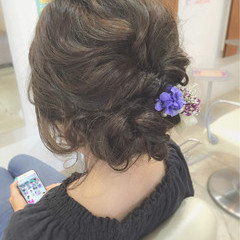 セミロング 大人かわいい 二次会 結婚式 ヘアスタイルや髪型の写真・画像