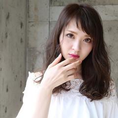 外国人風 ミディアム 大人かわいい オン眉 ヘアスタイルや髪型の写真・画像