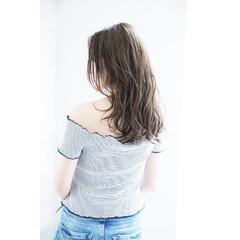 アンニュイ 大人かわいい アッシュ ウェーブ ヘアスタイルや髪型の写真・画像