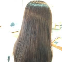 ブルージュ ナチュラル アッシュ 暗髪 ヘアスタイルや髪型の写真・画像