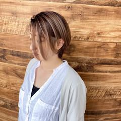 ハイライト ガーリー ショートボブ コントラストハイライト ヘアスタイルや髪型の写真・画像
