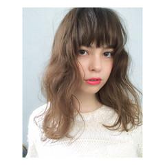 ストリート パーマ 外国人風 グラデーションカラー ヘアスタイルや髪型の写真・画像