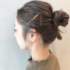 アンニュイほつれヘア ヘアアレンジ 簡単ヘアアレンジ ミルクティーベージュ ヘアスタイルや髪型の写真・画像