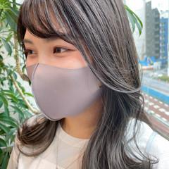 ミディアム グレー アッシュグレー 韓国 ヘアスタイルや髪型の写真・画像
