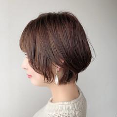 ミニボブ インナーカラー ナチュラル ショート ヘアスタイルや髪型の写真・画像