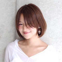 女子会 秋 ボブ 透明感 ヘアスタイルや髪型の写真・画像