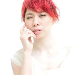 レイヤーカット モード ショート 外国人風 ヘアスタイルや髪型の写真・画像
