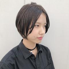 カジュアル ハンサムショート ショート ナチュラル ヘアスタイルや髪型の写真・画像
