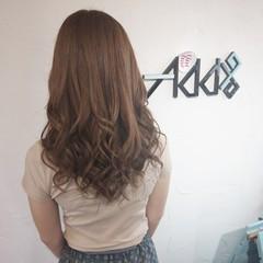 ブラウンベージュ エレガント ゆるふわパーマ デジタルパーマ ヘアスタイルや髪型の写真・画像