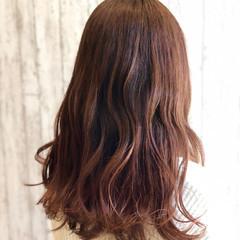 フェミニン オフィス 社会人 ウェットヘア ヘアスタイルや髪型の写真・画像