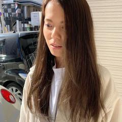 ロング イルミナカラー キャラデコミュゼリア アッシュブラウン ヘアスタイルや髪型の写真・画像