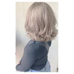 ヘアアレンジ デート ガーリー グレージュ ヘアスタイルや髪型の写真・画像
