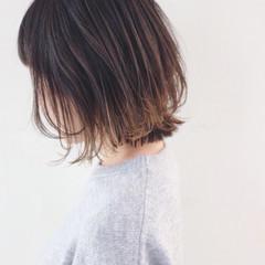 グラデーションカラー ボブ バレイヤージュ 外ハネ ヘアスタイルや髪型の写真・画像
