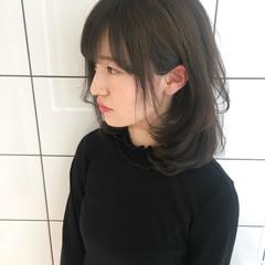ミディアム かわいい 小顔 ゆるふわ ヘアスタイルや髪型の写真・画像