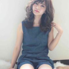 かっこいい フェミニン 外国人風 暗髪 ヘアスタイルや髪型の写真・画像