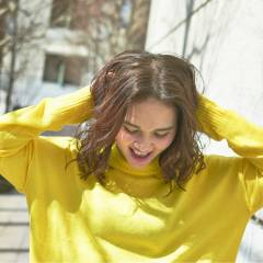 センターパート ストレート ミディアム パンク ヘアスタイルや髪型の写真・画像