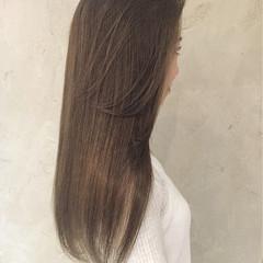 ストリート グレージュ ロング 渋谷系 ヘアスタイルや髪型の写真・画像